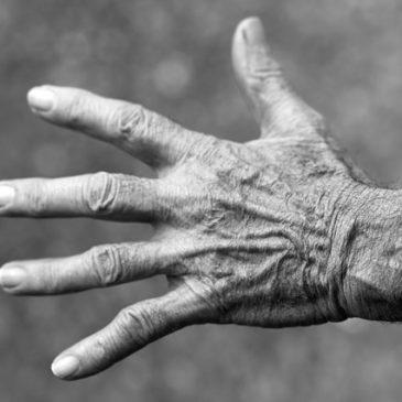 Is there a link between Gum Disease and Rheumatoid Arthritis (RA)?